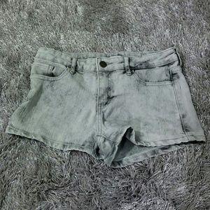 Ff21 Gray Acidwash Shorts